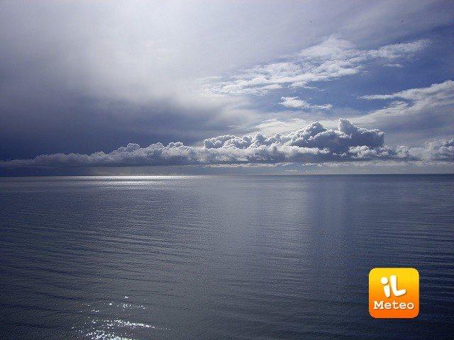 Meteo LIDO DI SPINA: oggi cielo coperto, Venerdì 27 nubi sparse, Sabato 28 cielo coperto