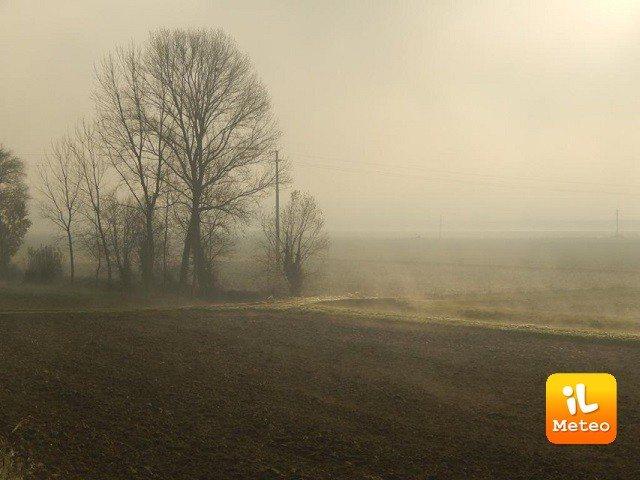 Meteo VITTORIA: oggi nebbia, Lunedì 6 nubi sparse, Martedì 7 sole e caldo
