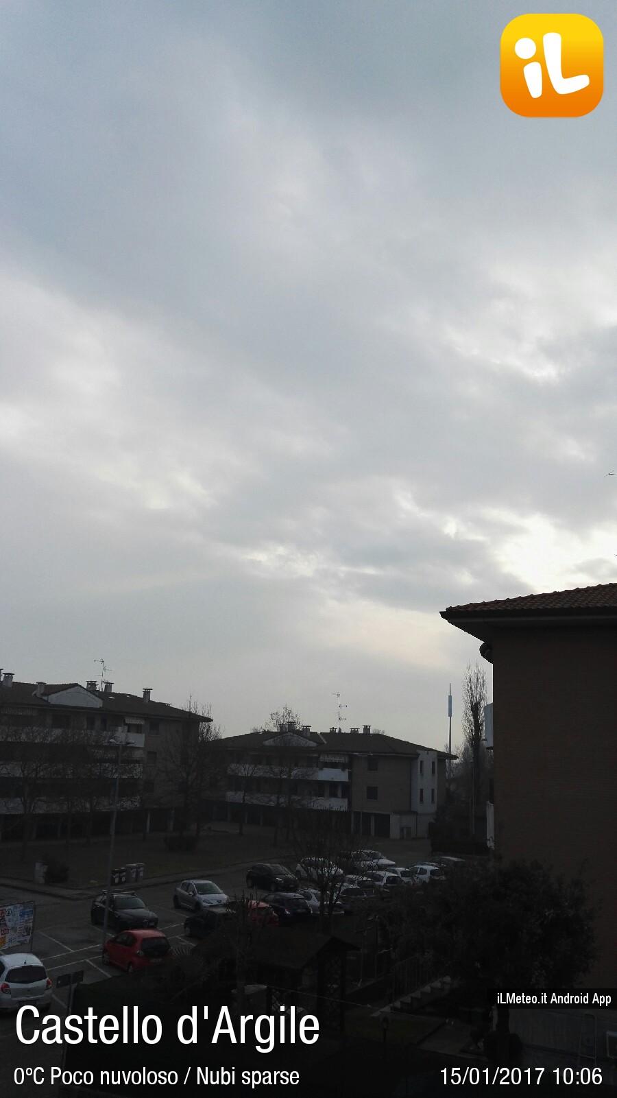 Foto meteo castello d 39 argile castello d 39 argile ore 10 06 - Piscina a castello d argile ...