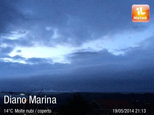 Foto meteo diano marina diano marina ore 21 13 for Bagni arcobaleno sottomarina webcam