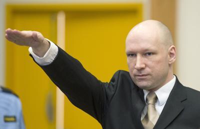 Anders_Behring_Breivik_saluto_nazista_Afp.jpg (400×258)