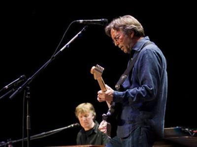 Eric Clapton malato: non potrà più suonare la chitarra