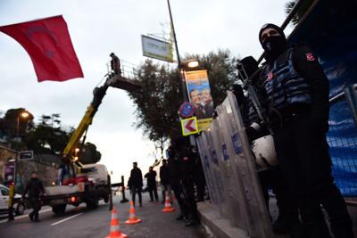 Attentato di Capodanno ad Istanbul, il terrorista sembra essere un professionista