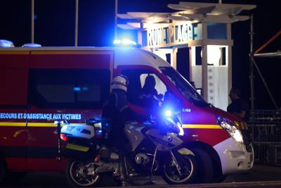 Attentato a Nizza, la Farnesina: 'Rischio italiani coinvolti c'è'