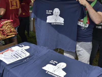 Salvini, il mio Papa è Benedetto XVI