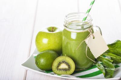 Il succo di mela è antitumorale, ecco perché
