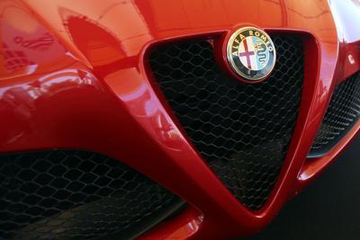 La Alfa-Sauber si presenta Leclerc ed Ericsson i titolari