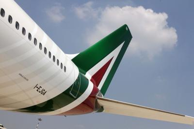 Alitalia: Calenda, Cdp? Decide lei ma serve progetto industriale