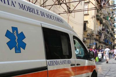 Si sente male mentre gli demoliscono casa, muore 64enne a Salerno