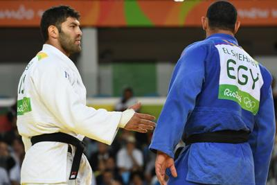 Rio 2016, Judoka egiziano rifiuta di stringere la mano ad avversario israeliano