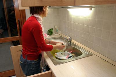 Le casalinghe italiane? Soddisfatte ma sempre più povere!