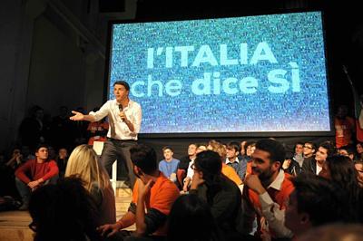 Renzi a Napoli: proteste e cariche a Fuorigrotta