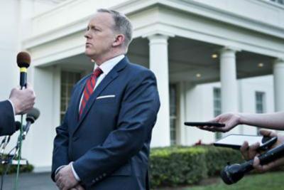 Sean Spicer si dimette da portavoce della Casa Bianca